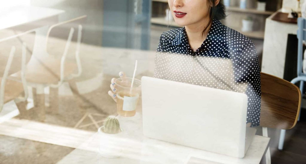 Casual Woman Cafe Social Media Relax Concept